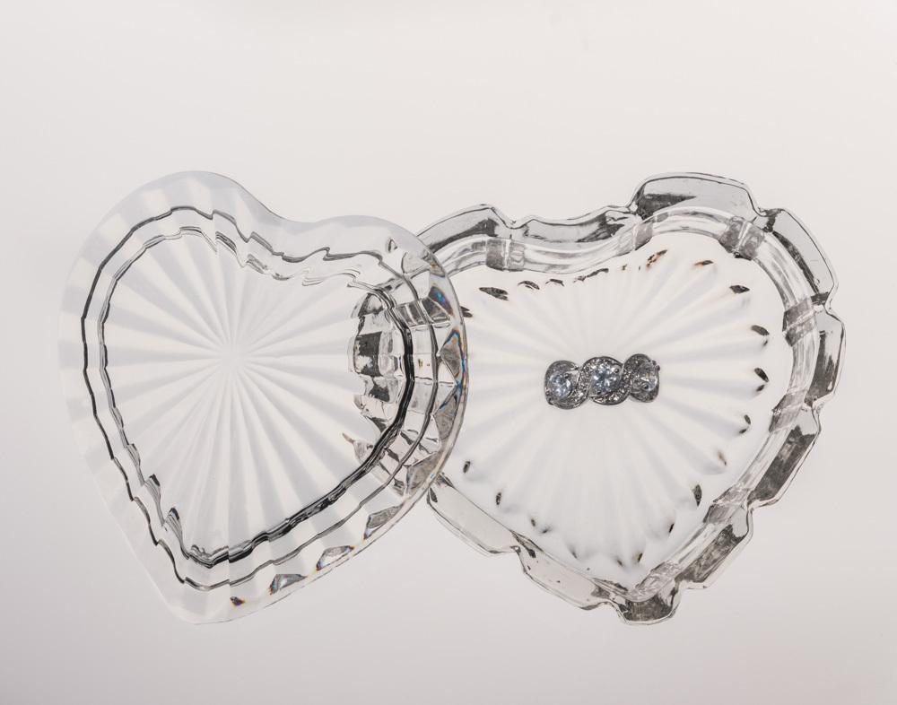 12-feb-2013-i-slocum-sadie-glassware-heart%201797-edit.full