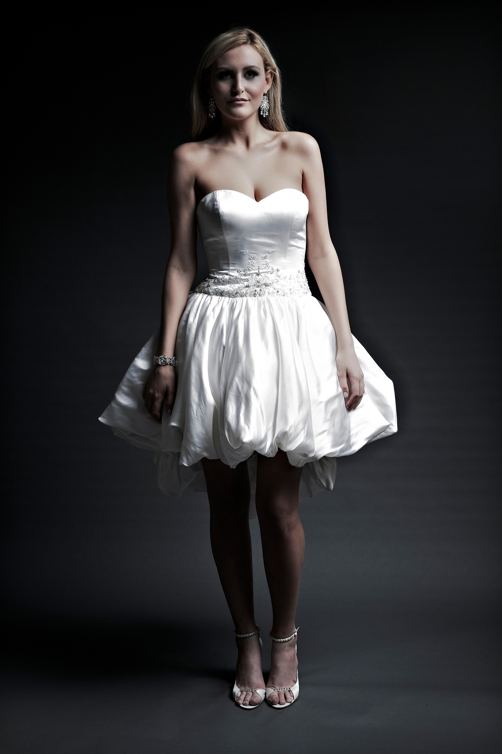 2013-wedding-dresses-designer-angel-rivera-victoria-collection-astrid_mini_front.full
