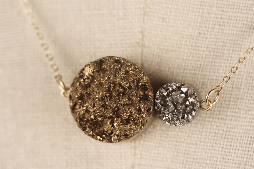 Metallic-silver-gold-wedding-necklace.full