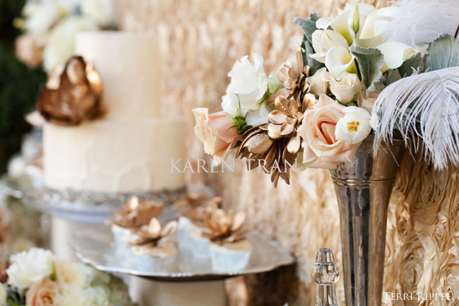 Mixed metals wedding decor inspiration with feathers