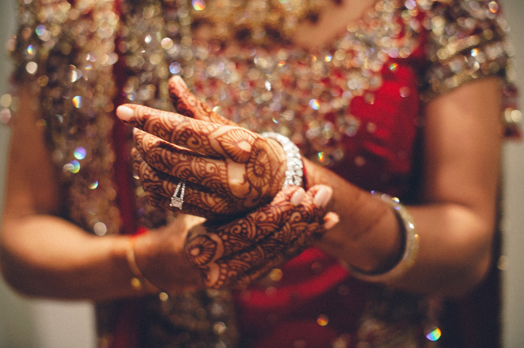 Indian-bride-shows-off-henna-and-ornate-attire.full