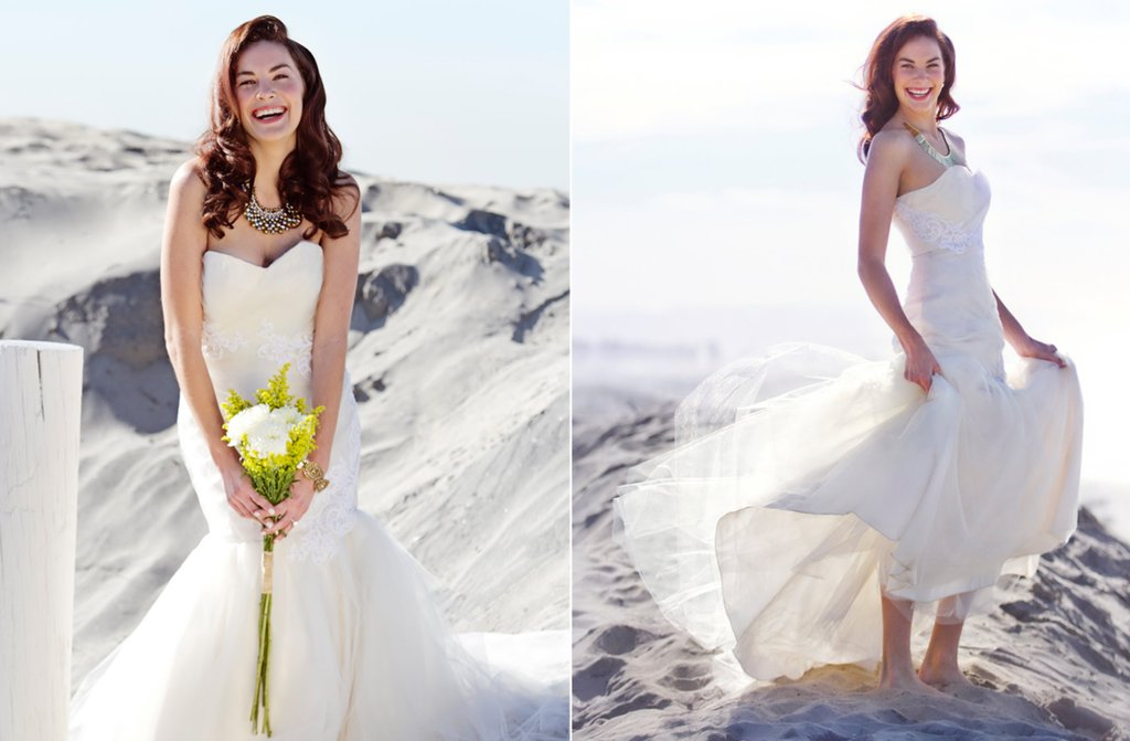 Ivory-mermaid-wedding-dress-with-white-lace-applique.full