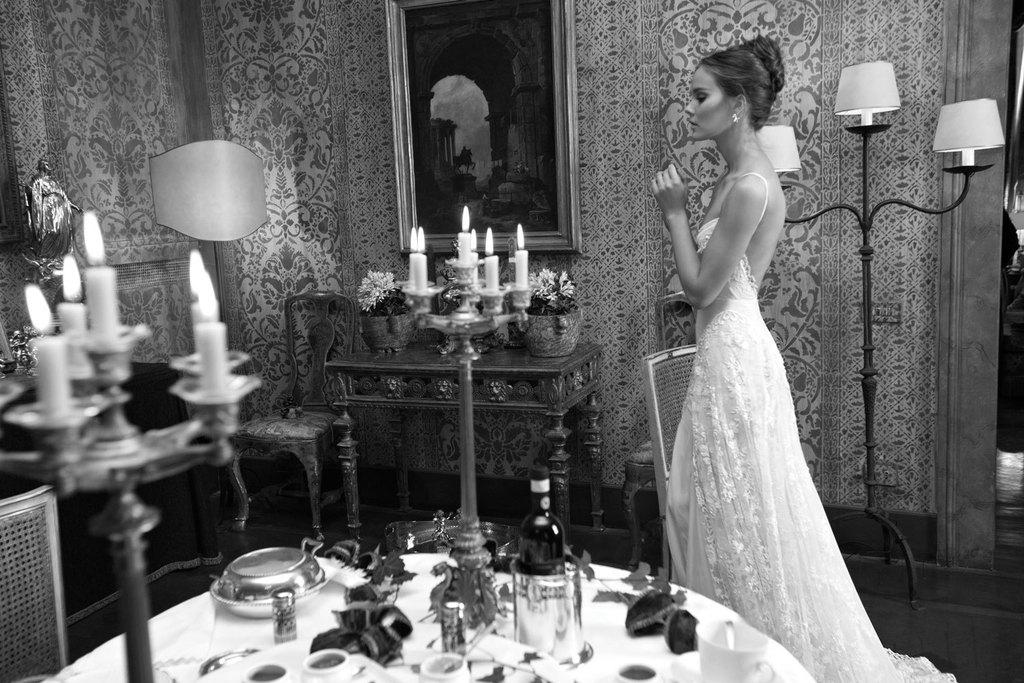Low-back-romantic-lace-wedding-dress.full