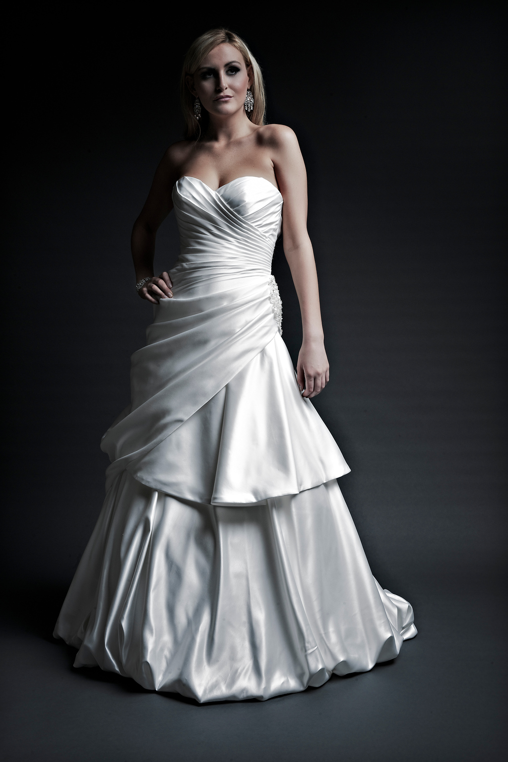 2013 wedding dresses designer Angel Rivera Victoria Collection delilah front