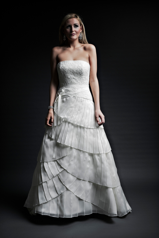 2013 wedding dresses designer Angel Rivera Victoria Collection maribel front