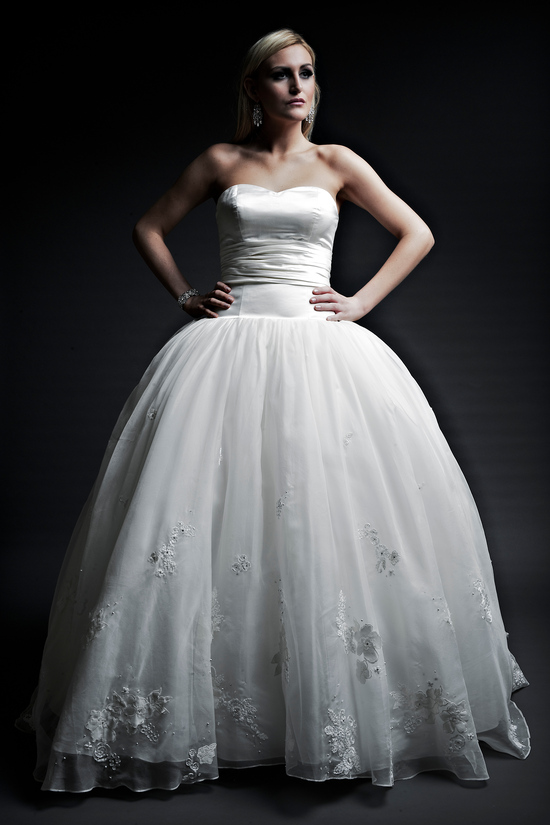 2013 wedding dresses designer Angel Rivera Victoria Collection mary front