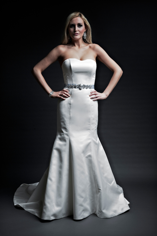 2013 wedding dresses designer Angel Rivera Victoria Collection sarah front