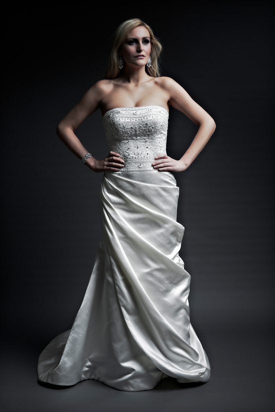 2013 wedding dresses designer Angel Rivera Victoria Collection victoria front
