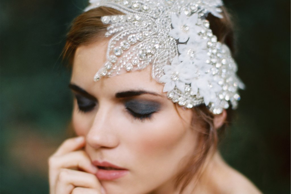 Splurge worthy wedding headpieces and veils 1920s inspired