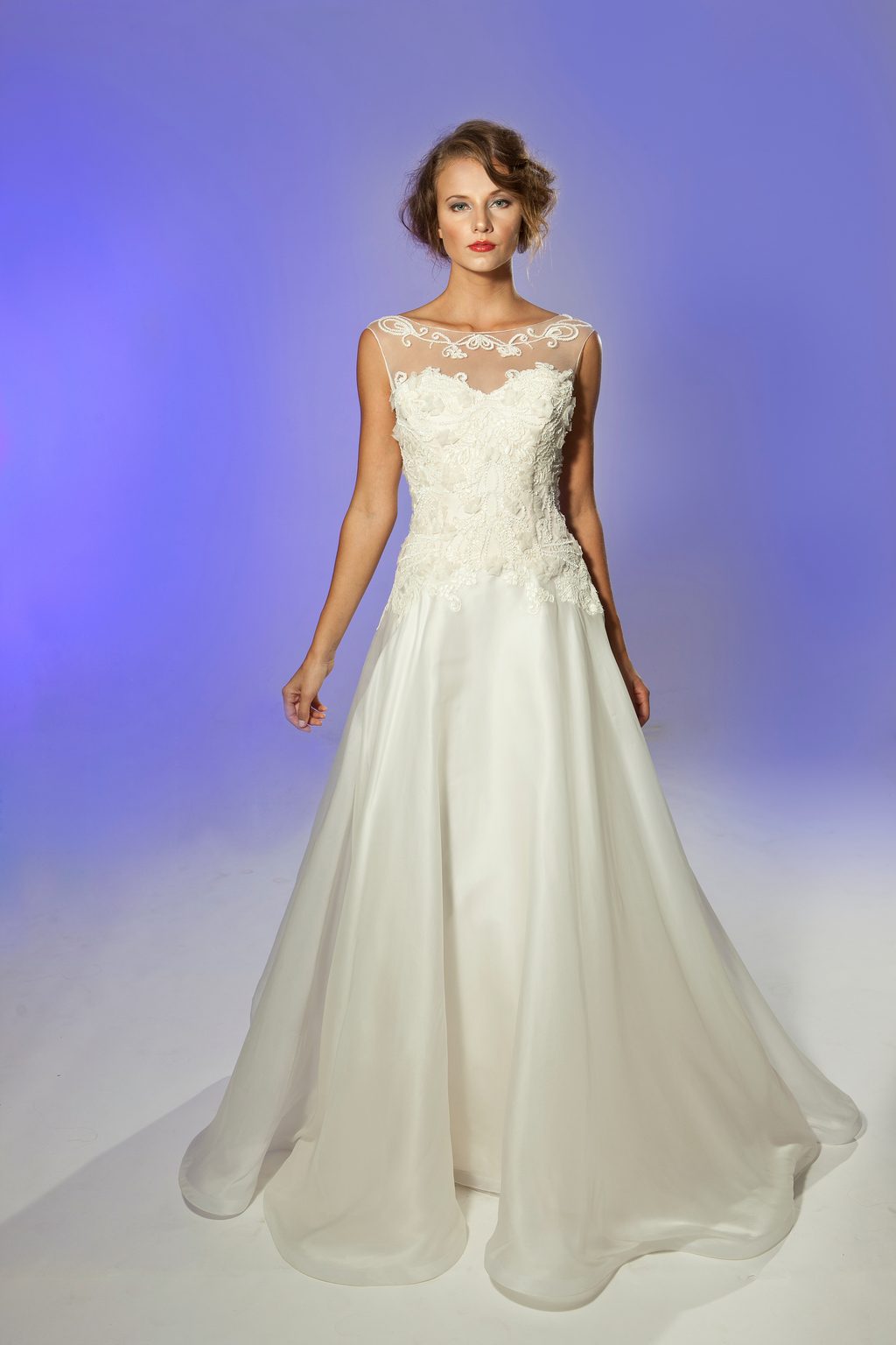 2013-wedding-dress-designer-junko-yoshioka-cherie-1.full