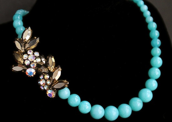 Turquoise wedding necklace with vintage brooches