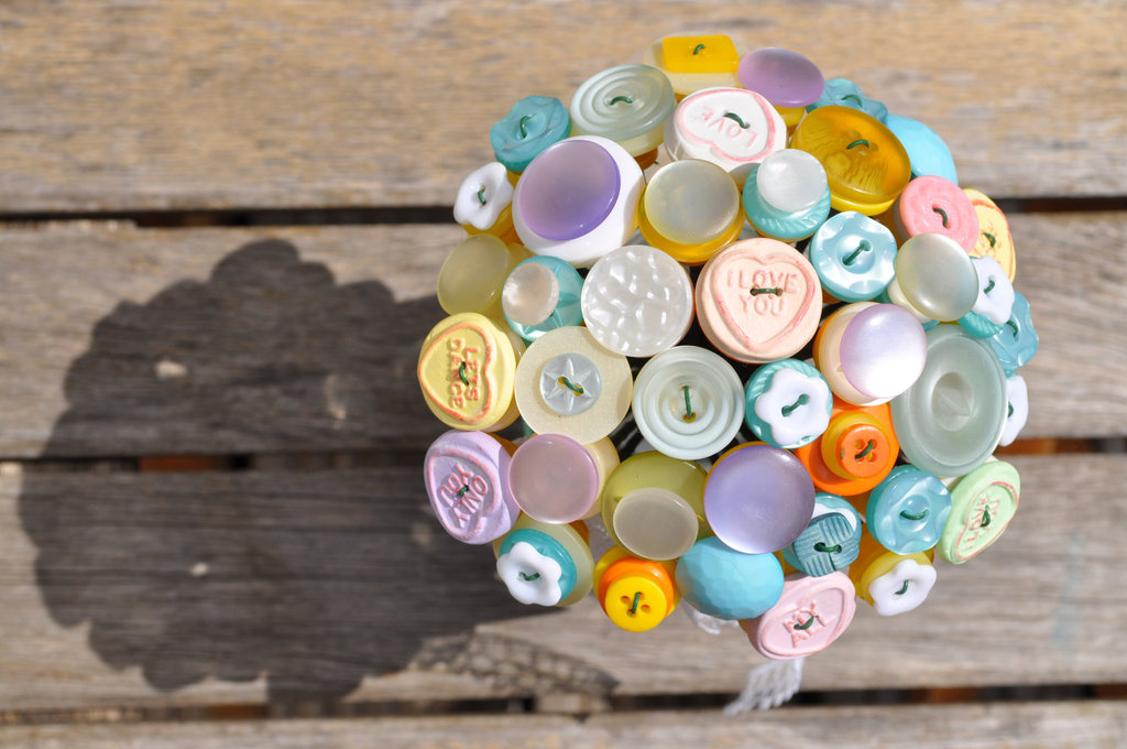 Simple-and-sweet-pastel-wedding-bouquet-of-buttons.full