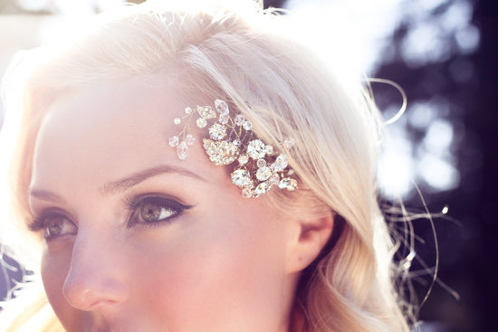 Delicate gold and Swarovski Crystal Wedding Hair Comb