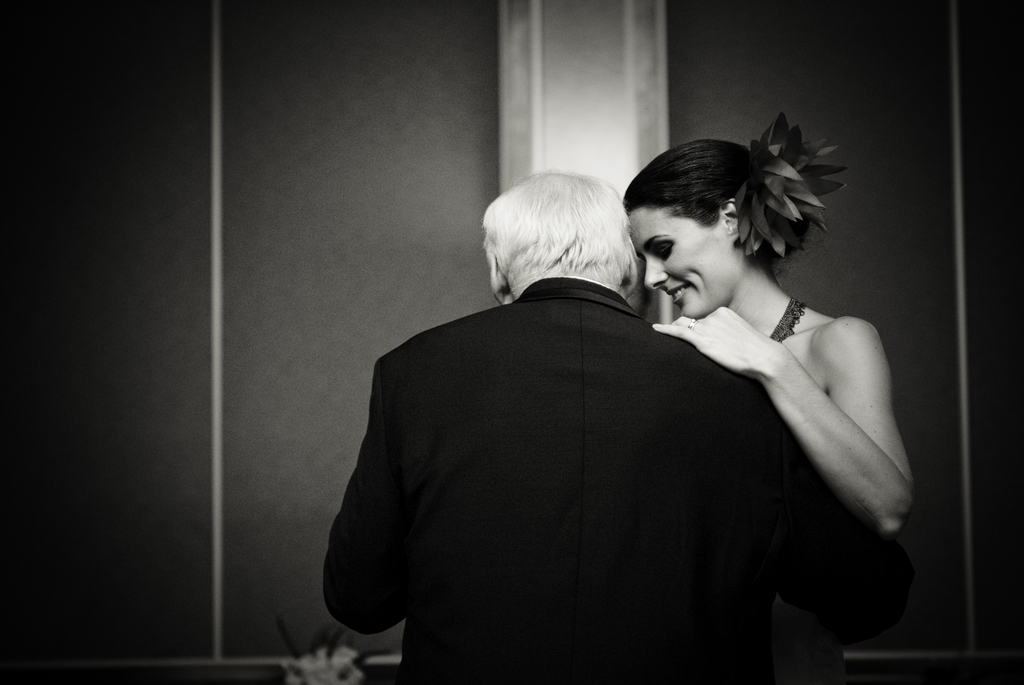 Touching-moment-during-fob-dance-at-milwaukee-wedding-reception.full