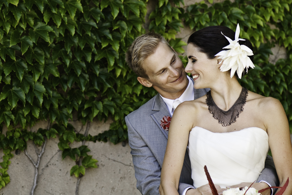 Bride-and-groom-portrait-outdoors-in-milwaukee.full