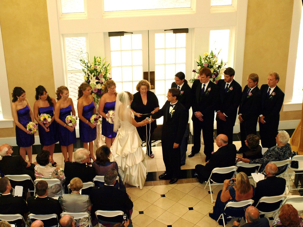 Wedding%20officiant%20minister%20www.weddingwoman.net.full