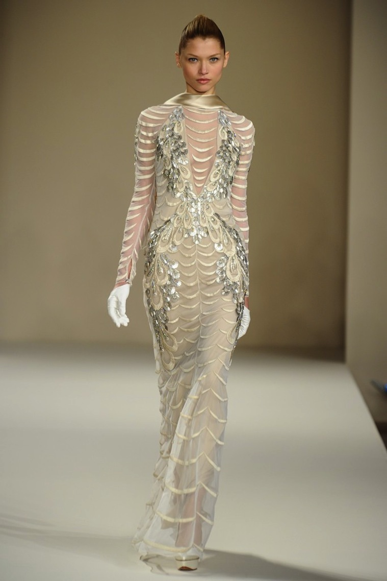 Scalloped-tulle-and-gold-wedding-dress-from-temperley-london.full