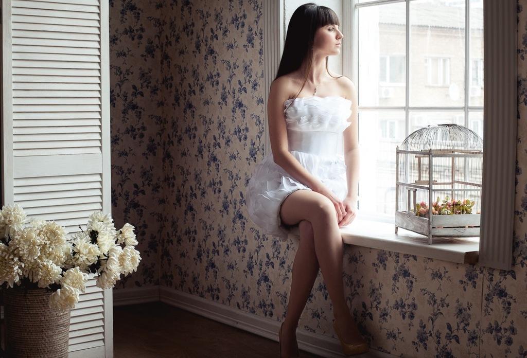 Ruffly-organza-wedding-reception-dress.full