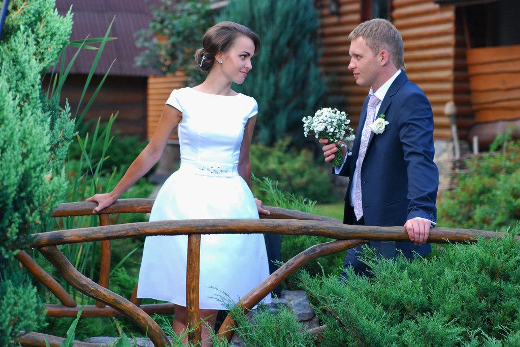 Свадьба в простом платье