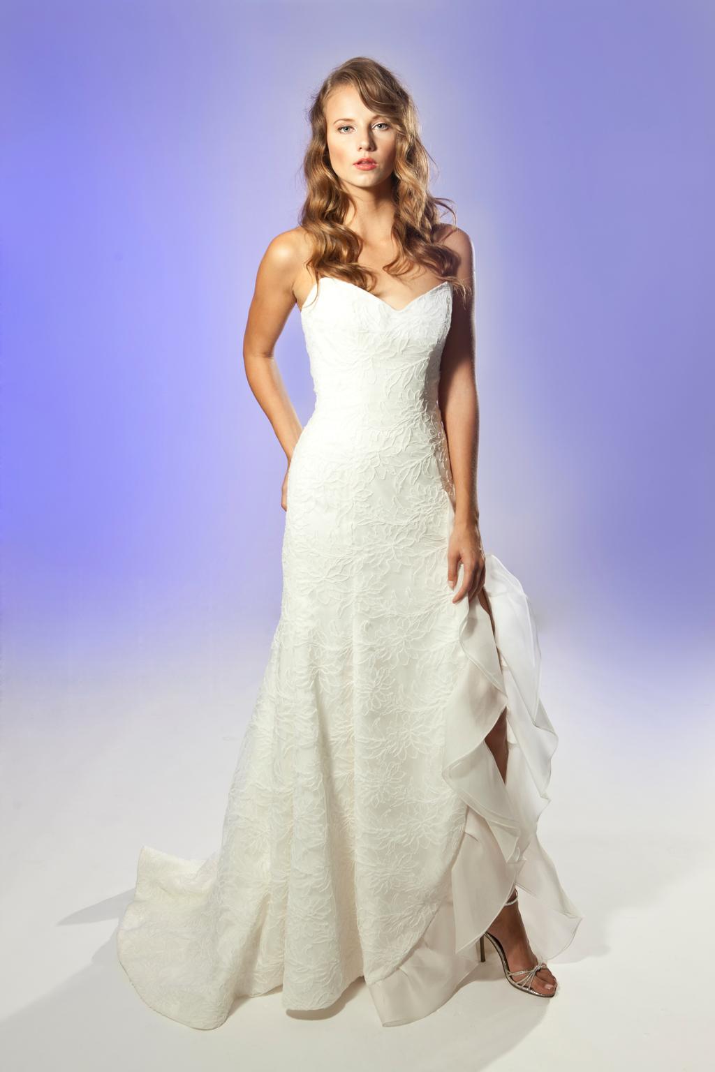 2013-wedding-dress-designer-junko-yoshioka-fabienne.full