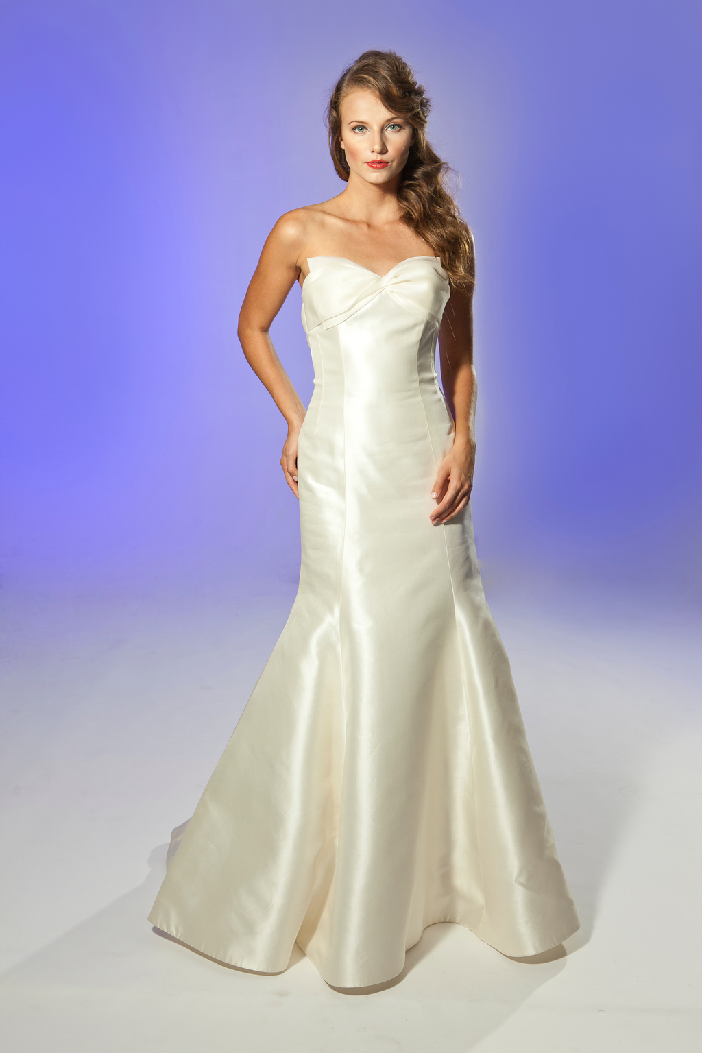2013-wedding-dress-designer-junko-yoshioka-jemma-1.full