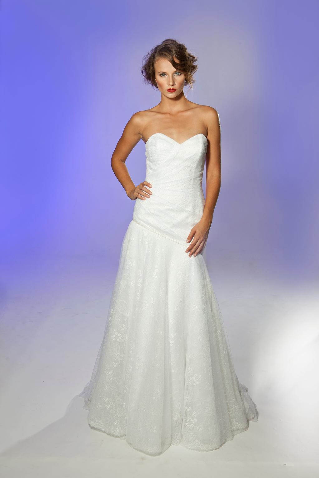 2013-wedding-dress-designer-junko-yoshioka-prosecco-1.full