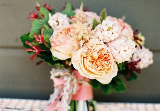 Romantic wedding bouquet perfect for Spring 1