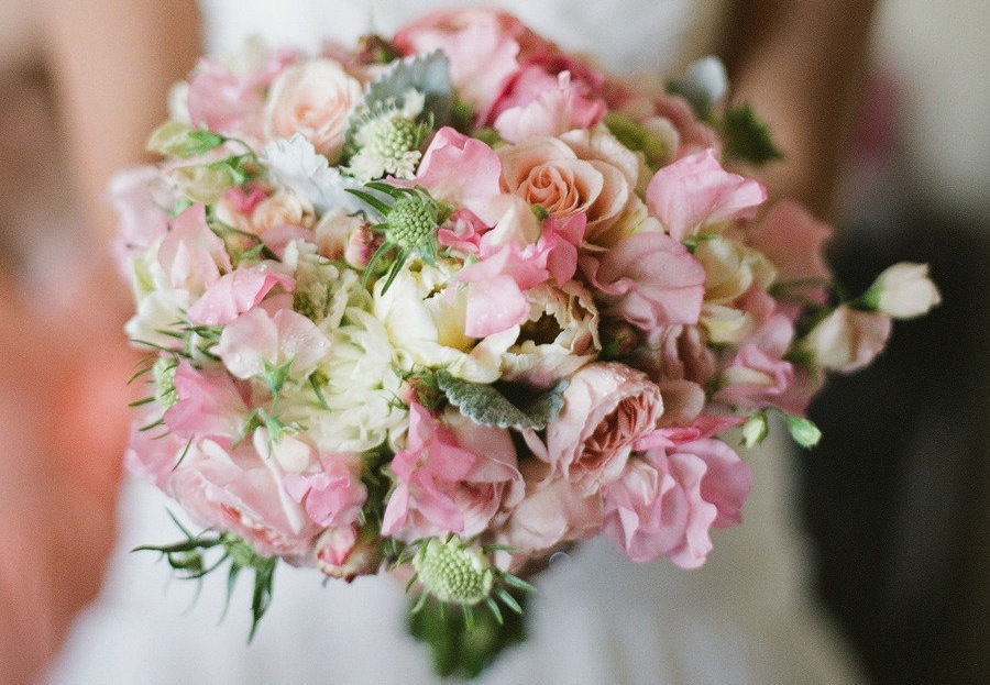 Romantic wedding bouquet perfect for Spring 4