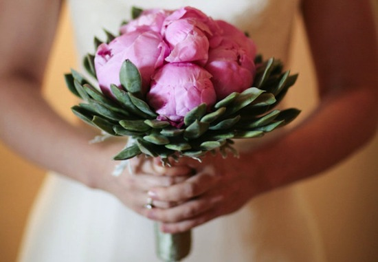 Romantic wedding bouquet perfect for Spring 7