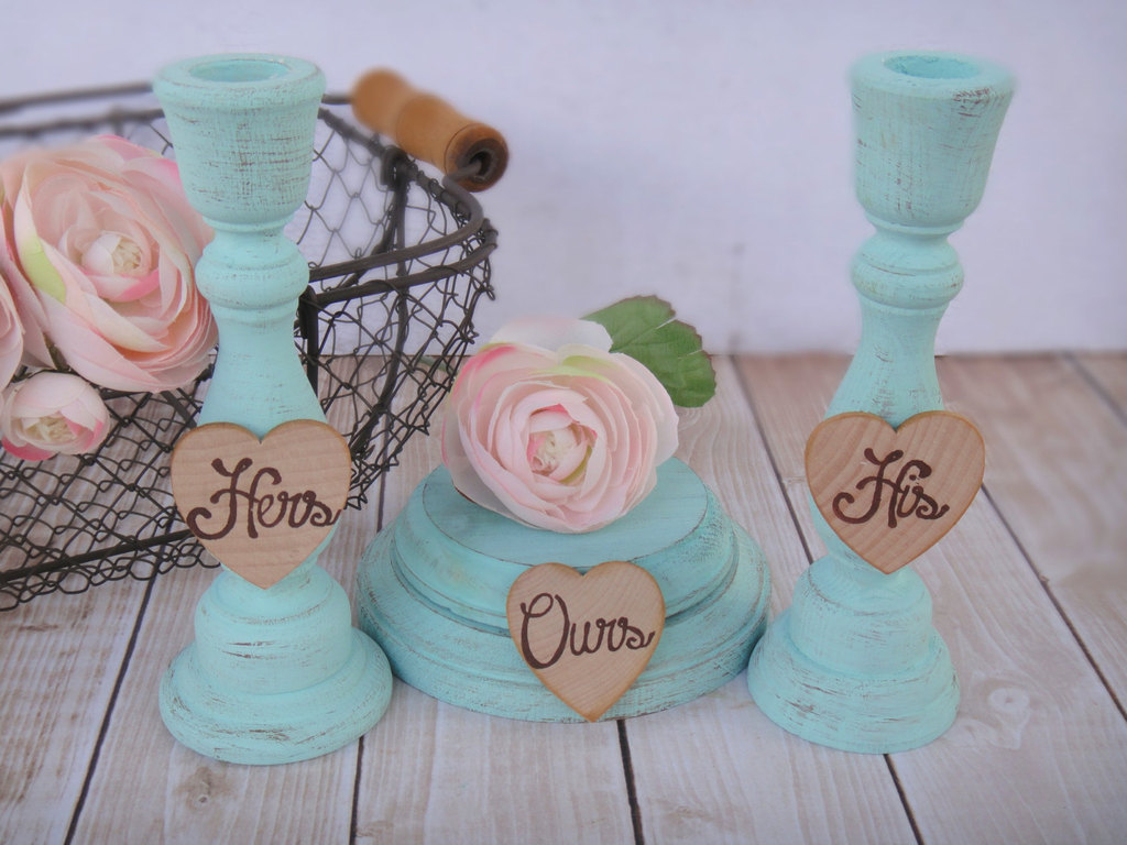 Shabby-chic-wedding-decor-his-hers-ours-table-accents.full