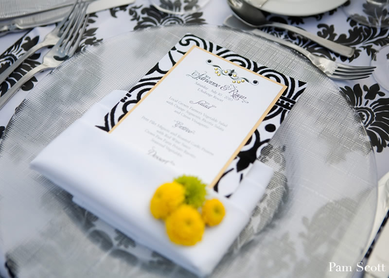 Black-white-yellow-wedding-colors-place-setting.full