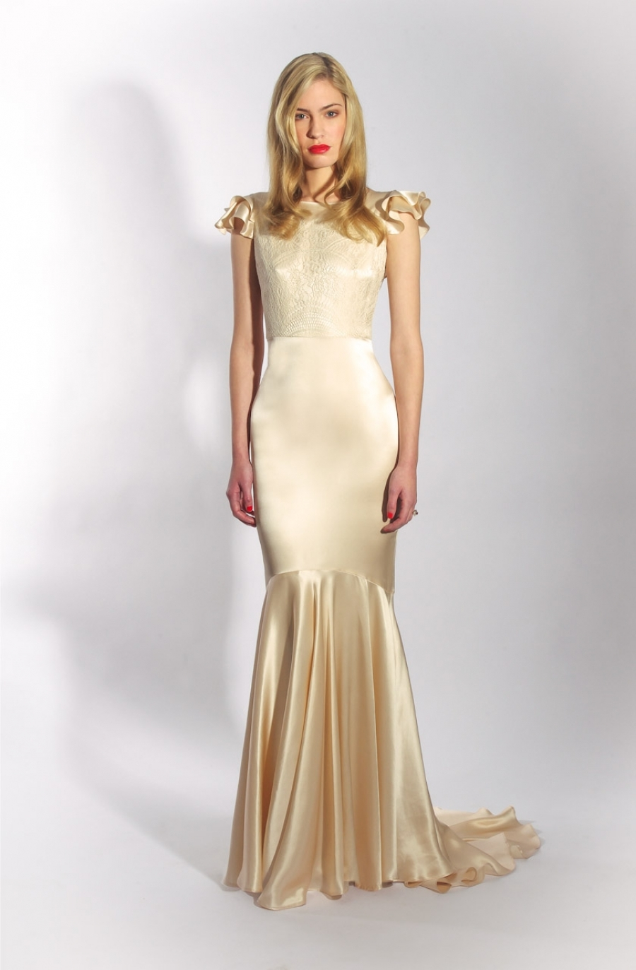 Cream vintage wedding gown with ruffle cap sleeves