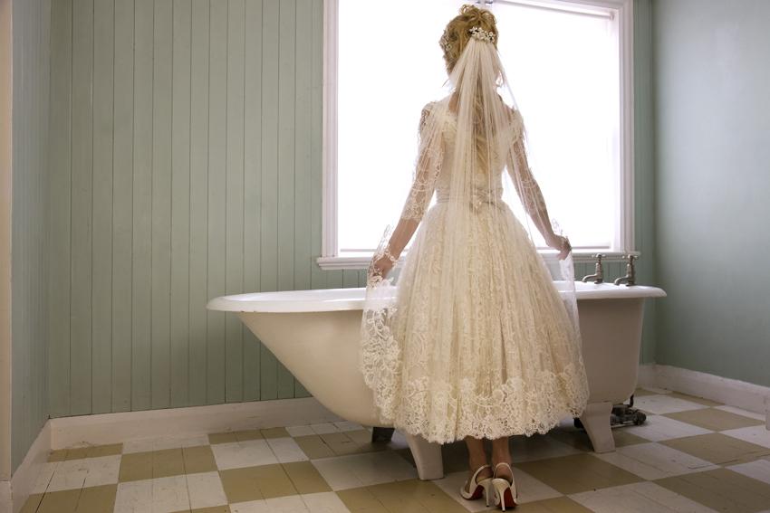 Lace-tea-length-wedding-dress-back.full