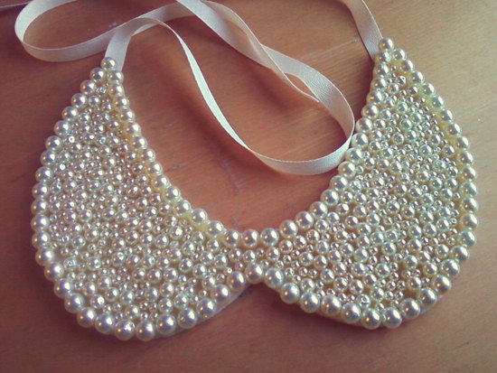 Elegant pearl beaded wedding collar necklace