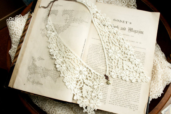 vintage lace peter pan wedding necklace