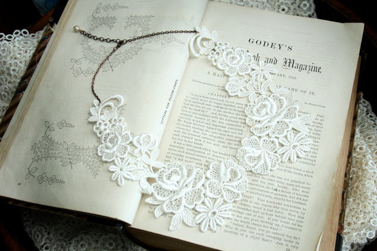 Delicate ivory lace wedding collar necklace