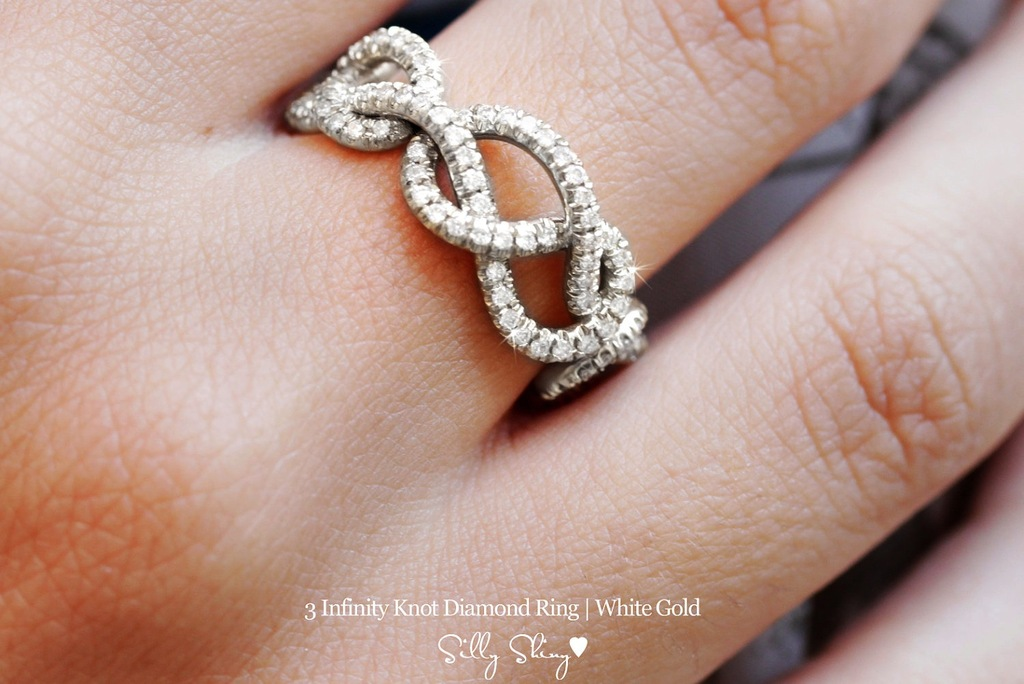 Unique-wedding-band-with-three-diamond-infinity-hearts.full