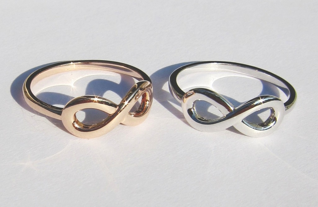 His-and-hers-infinity-knot-wedding-rings.full