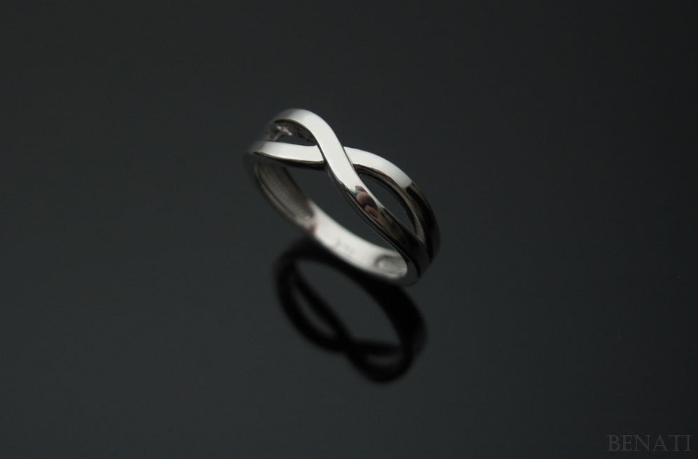 Simple-mens-wedding-band-infinity.full