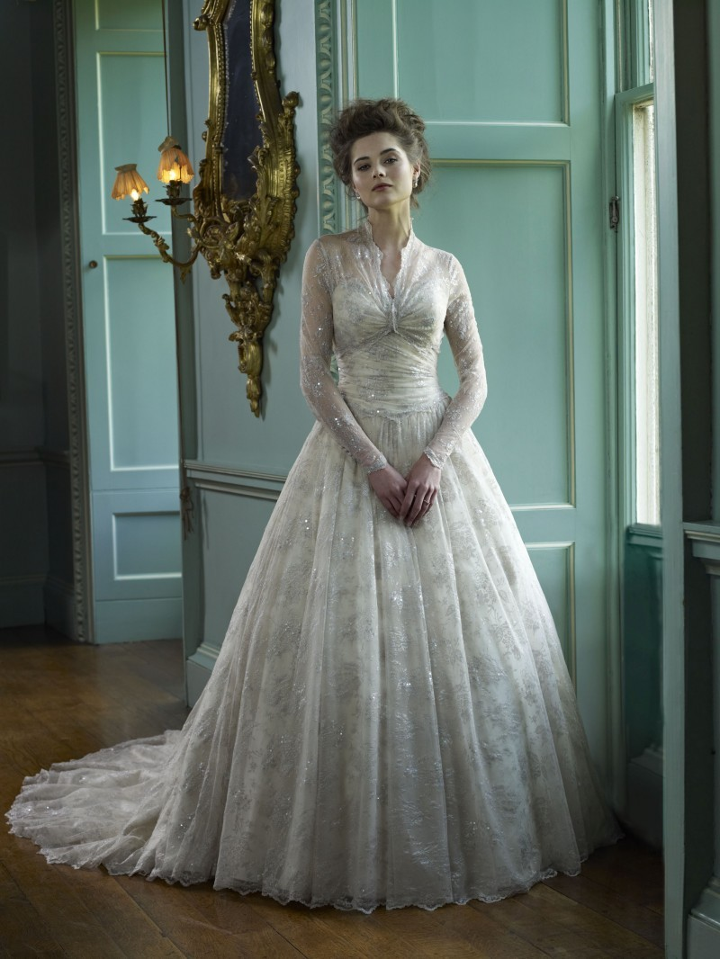 2013-wedding-dress-ian-stuart-bridal-basilica.full