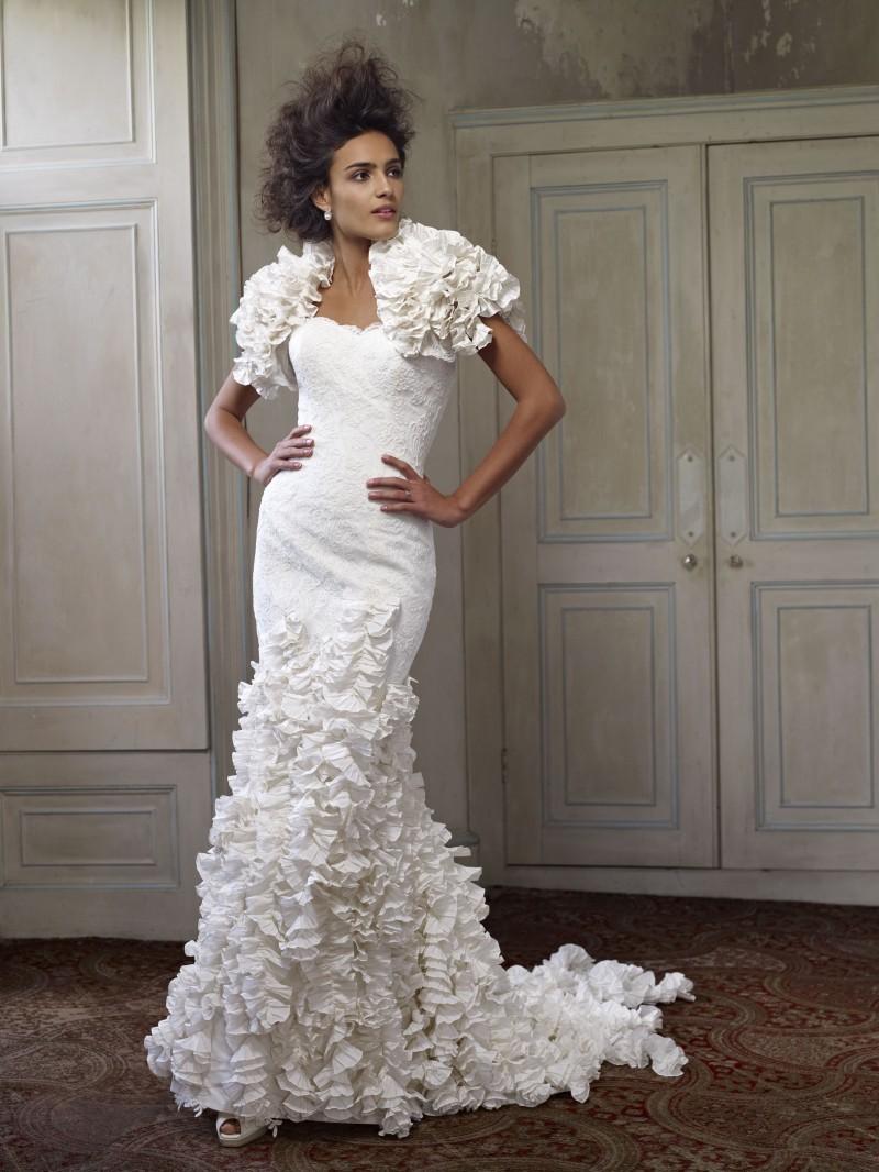 2013-wedding-dress-ian-stuart-bridal-octavia.full