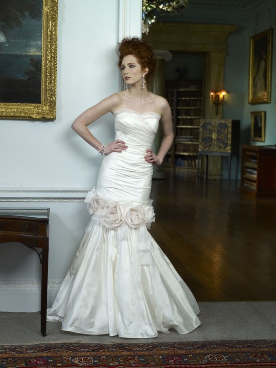 2013 Wedding Dress Ian Stuart Bridal Peaches