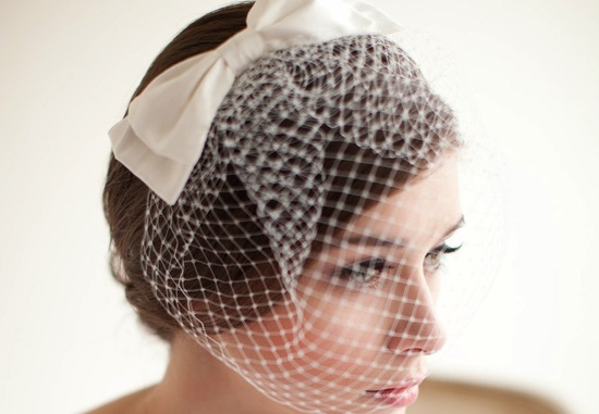 Net bridal blusher with satin bow