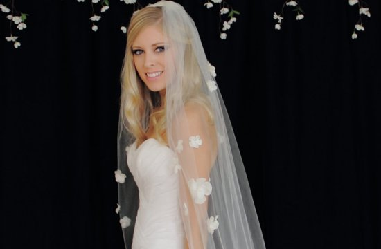 Petal adorned classic wedding veil
