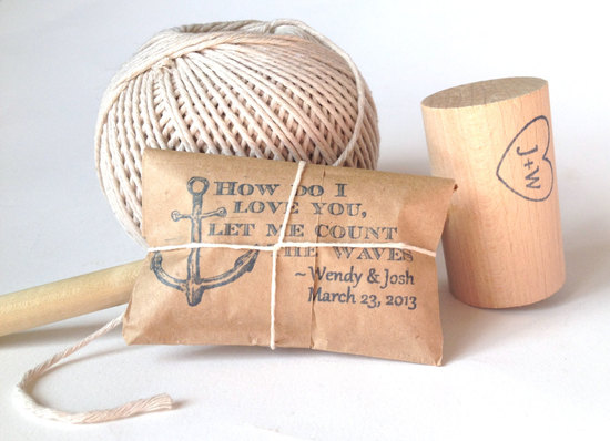 Seaside wedding favors for food lovers