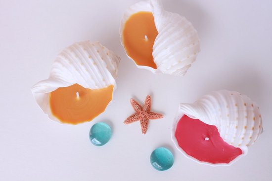 Seashell candles for beach wedding favors