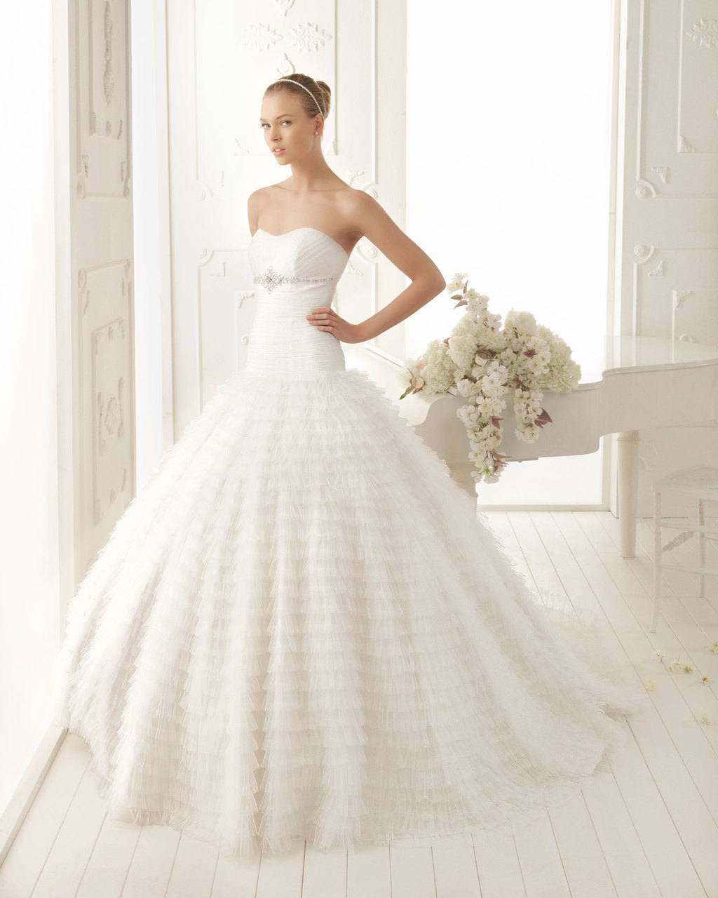 Aire Barcelona Wedding Dress 2013 Vintage Bridal Collection Viana