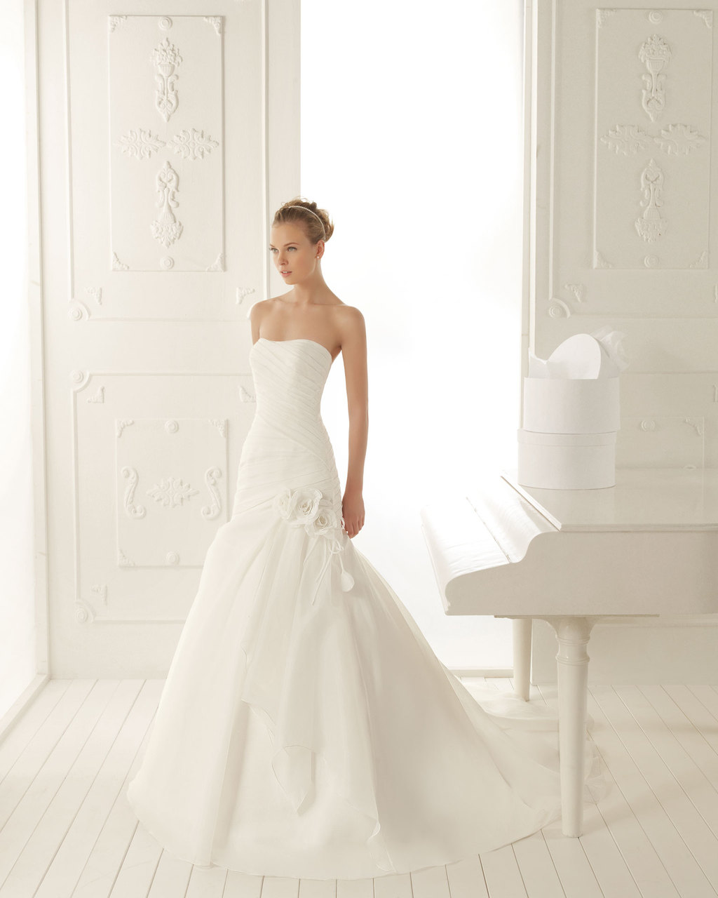 Aire Barcelona Wedding Dress 2013 Vintage Bridal Collection Velasquez