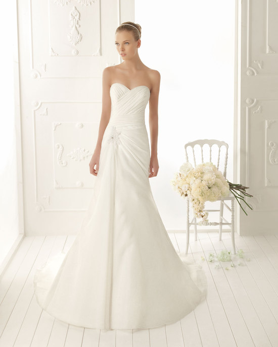 Aire Barcelona Wedding Dress 2013 Vintage Bridal Collection Vanila