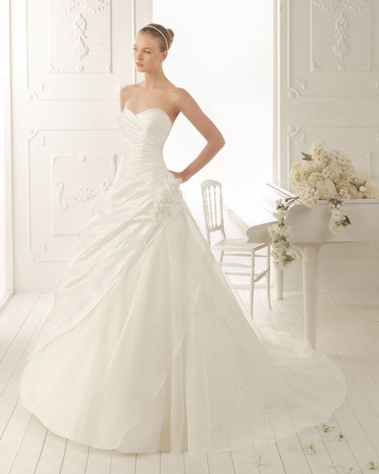 Aire Barcelona Wedding Dress 2013 Vintage Bridal Collection Vals